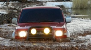 Snow and mud OffRoad in Boufa-Ehden