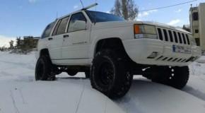 For Sale: Grand Cherokee ZJ V8